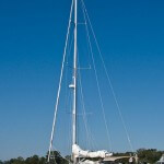 A cruising sailboat with swept-back spreaders