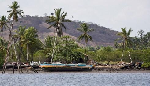 Boatyard, Bahia style!