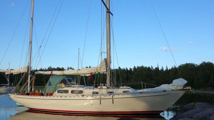 Dynice Dux, Part 1: Practical Low-Stretch Rope Rigging For Offshore Sailboats